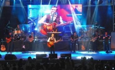 Luciano Pereyra y un gran cierre para la fiesta pehuajense