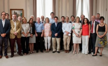Educación: Esteban Bullrich presentó a su gabinete
