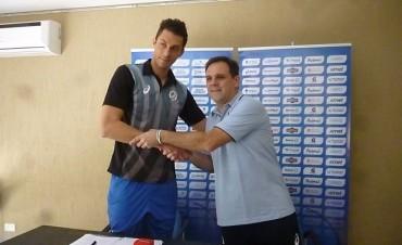 Presentación oficial de Michael Sánchez Bozhulev, el nuevo jugador de Personal Bolívar