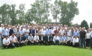 Cumbre de 70 intendentes de Cambiemos: aprestos de campaña, obra pública y la guía de Vidal