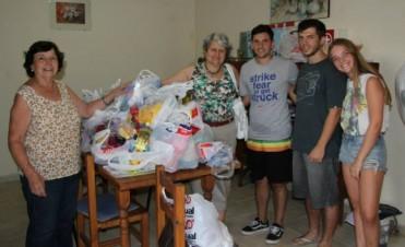 Se hizo entrega de los alimentos recogidos en el Torneo homenaje a Nicolás Treviño