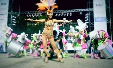 Carnaval 2015: Una multitud disfrutó de la segunda noche