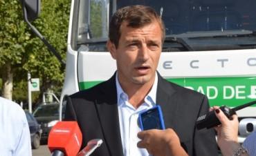 El Intendente Bucca presentó un nuevo camión recolector