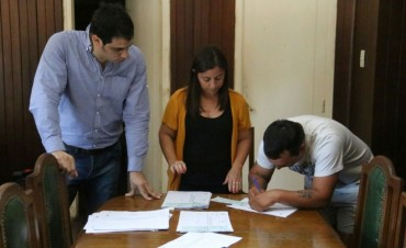 El Municipio entregó un aporte económico a los trabajadores de la Aceitera