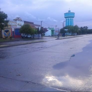 Lluvia, lluvia y más lluvia en el partido de Bolívar