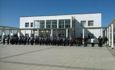 Entrega de diplomas a oficiales de la Unidad N°30