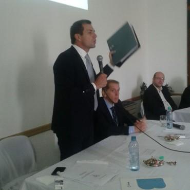 Bucca: 'Se firmaron convenios por 21 millones de pesos entre 2015 y 2016, con los vecinos  del partido de Bolívar'