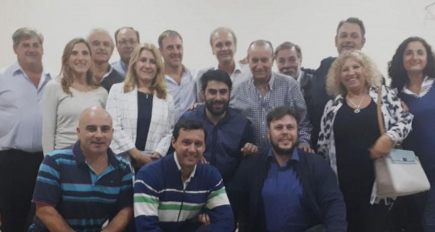 Integrantes de la UCR Bolívar participaron del encuentro seccional