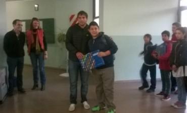 Se entregaron 25 Netbooks en la Secundaria N°1 de Pirovano