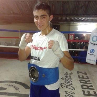 Boxeo: Emanuel Fredes se alzó con el título bonaerense