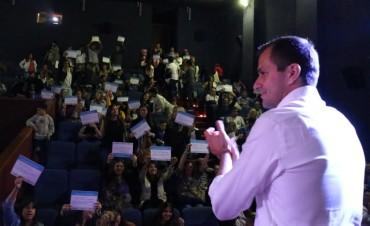 Con el acto realizado en el Cine Avenida, 150 empleados municipales ingresaron a planta permanente