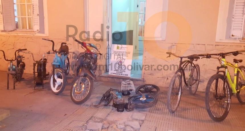 Extraoficial: Persecución, allanamientos y secuestro de motos que serían robadas