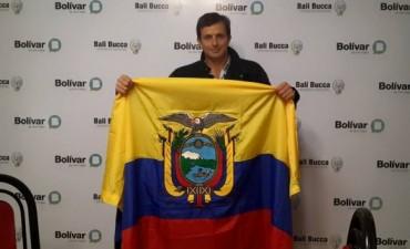 Llegó la primera bandera para el Centro Cívico