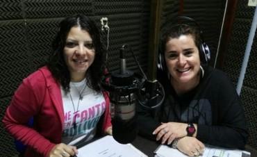 Felices 21 años en el móvil de FM10 a Sandra Renna