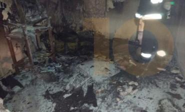 Incendio en una vivienda de Bº Latino