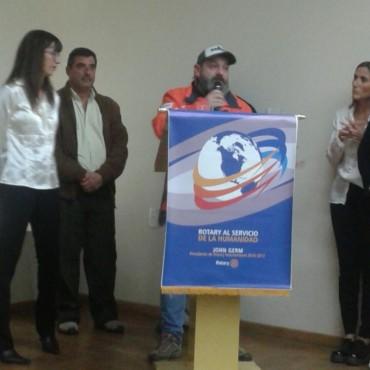 Gastón Pando, como deportista destacado del 2017, premiado por Rotary