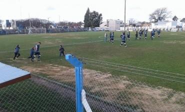 En la zona A, Independiente se cortó solo en la punta; en la zona B, entre Maderense y Calaveras es la contienda