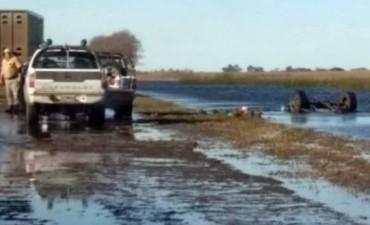Un villeguense cayó con su camioneta al agua en la Ruta 188