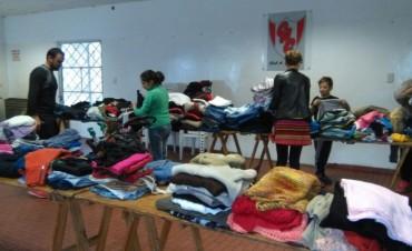 Se realizó el ropero comunitario en Barrio Casariego