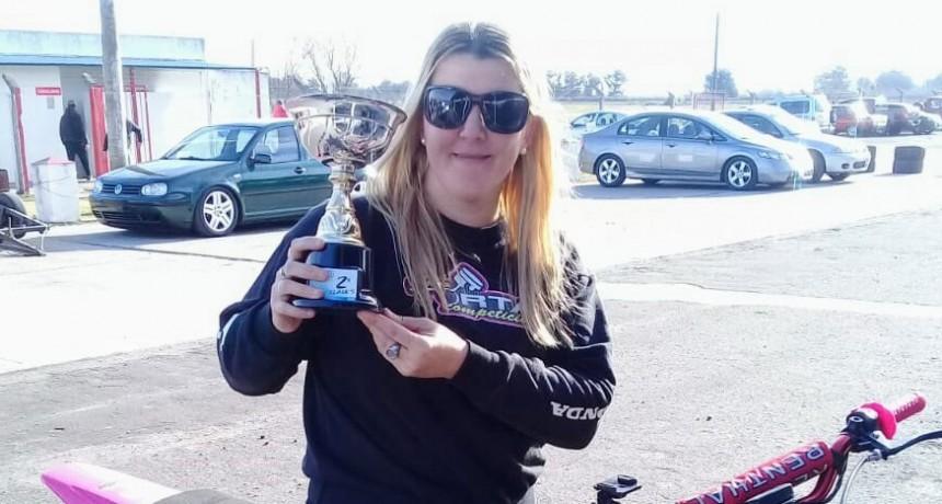 Motociclismo: Cintia Celluccio consiguió un 2º puesto en la clase 5 en 9 de Julio