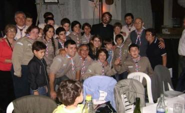 Cena  colaboración del grupo Scout