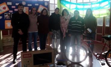 Centro Educativo 801: Entregaron los premios