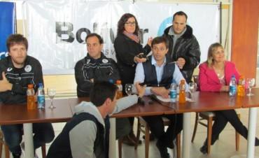 Personal Bolívar volvió a la actividad y presentaron al plantel en conferencia de prensa