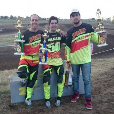 Gianluca Pagani y Ramiro Urruty, trajeron trofeos para Bolívar