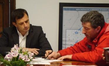 Travesía Solidaria: El intendente se reunió con referentes del grupo 'Uniendo Sonrisas' y 'Enduro Rally Bolívar'
