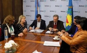 En el C.R.U.B: El intendente firmó un convenio con la UNTREF para dictar la Licenciatura en Enfermería