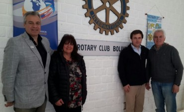 El Gobernador actual de Rotary del distrito 4920 visitó Bolívar