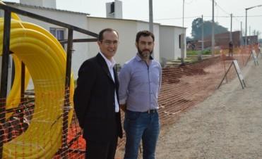 Marcos Pisano visitó barrio Los Zorzales donde se está llevando el gas y se mejoraron las calles