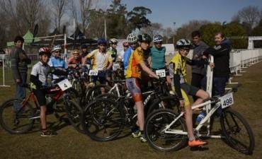 CICLISMO: Los chicos y chicas de la Escuela Municipal de Ciclismo viajan a Mar del Plata por la clasificación a los Juegos BA