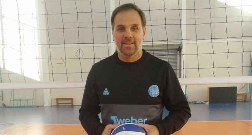 """Javier Weber: """"Quiero que los jugadores entiendan que lo más importante es jugar en equipo"""""""
