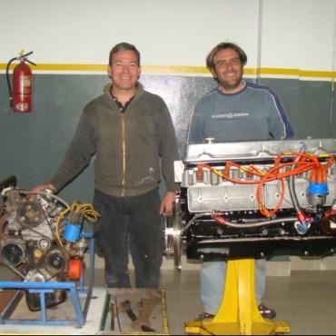 Los Hermanos de los motores