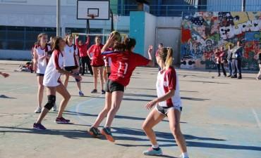 JUEGOS ESTUDIANTILES 2017: El Nacional ganó la final de Handball Femenino