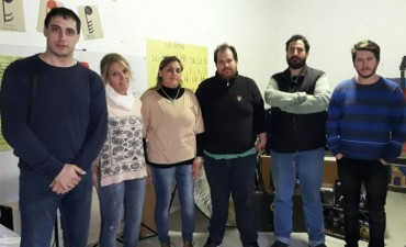 El Municipio, desde el área de Cultura, entregó un subsidio a la Escuela Estética para la compra de materiales