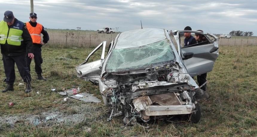 La Madrid: Vuelco en Ruta 76 dejo como saldo una persona fallecida y 3 heridos