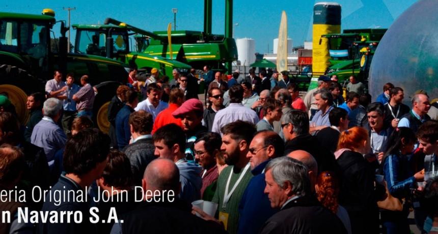Se realizó la Feria Original John Deere en Navarro SA