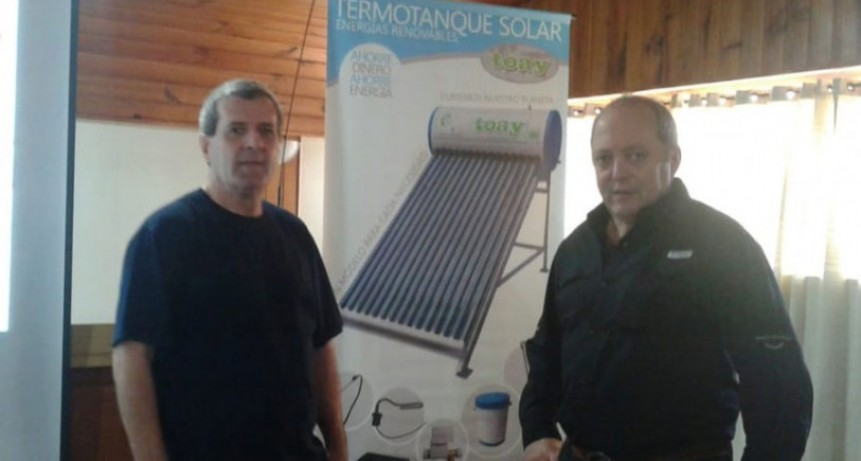 Se brindo una charla sobre el uso de termotanques solares este viernes en la Expo 2018