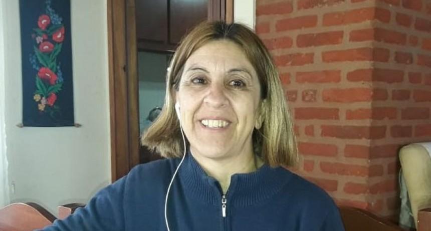 Miriam Lioca: 'Gastamos 4 bolsas de 22 kilos por día para alimentar a los más 200 perros que hay en SAPAB'