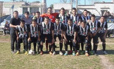 Fútbol Rural Recreativo: Ganó la 14 y comparte la punta con Marsiglio
