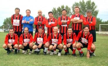 Fútbol Senior: Atlético Urdampilleta se coronó Campeón