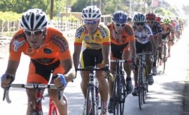 Héctor Willy Lucero se quedó con el circuito en Albardón, mientras que Dotti anduvo muy cerca