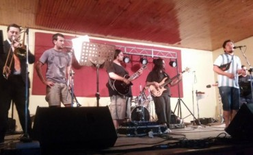 """En el espectáculo solidario """"Todos por Bauti"""" se vendieros 300 entradas"""
