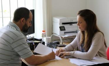 Nuevas empresas suman personal a través de los programas de empleo