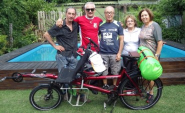 Travesía en bicicleta de un matrimonio francés