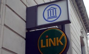 Atención dispar de los bancos durante los festividades