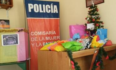 Excelente recaudación de juguetes de la Comisaría de la Mujer