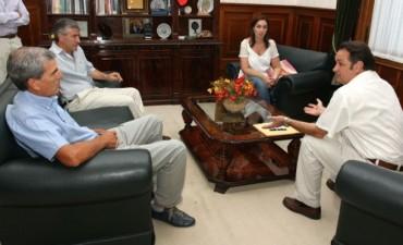 Vidal fortalece su vínculo con intendentes radicales del interior bonaerense